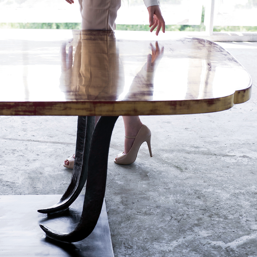 Alexander Lamont dining table made of gold leaf, lacquer and bronze
