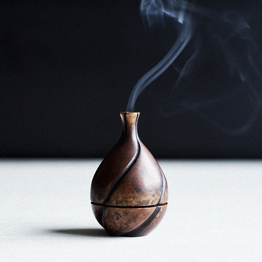 Bronze midori incense burner from scholar's gift collection designed by ryosuke harashima for alexander lamont