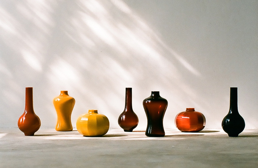 Collection of Peking Glass vases by Alexander Lamont