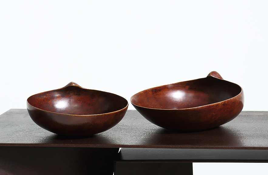 Alexander Lamont Scallop vessels in bronze